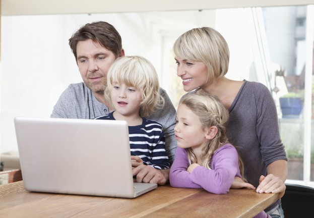 Parents need to teach pre-school children to use the internet safely