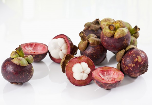 Twitter faces fruit invasion as weight‑loss spammers invade via Hootsuite