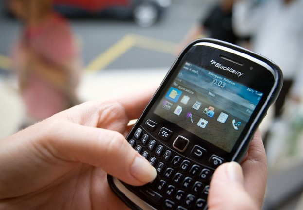 "More woes for BlackBerry after ""serious"" security bug alert"