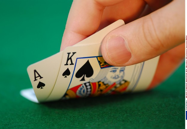 Clubbed to death? Bitcoin‑only poker site Seals With Clubs leaks 42,000 passwords in attack