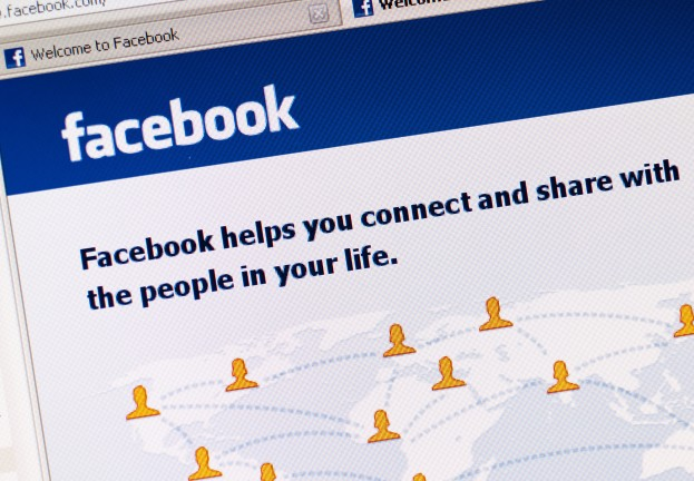 Facebook pays record sum to hacker who exposed login bug