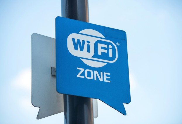 Politicians and journalists stung by fake open Wi-Fi protest