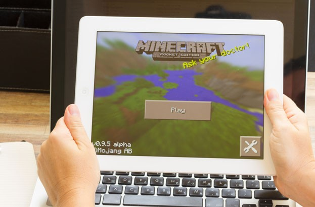 1800 Minecraft logins leak online