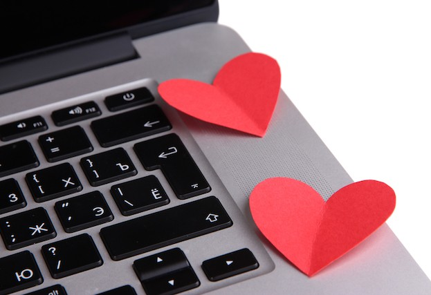 Hacked dating website Topface buys back stolen personal data from hacker