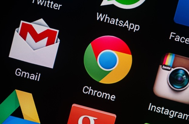 Chrome now warns you if your password has been stolen