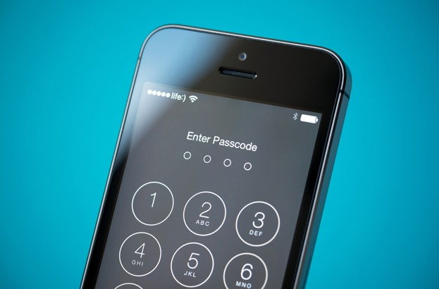 Apple iOS and OS X flaws leave passwords vulnerable