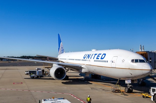 United Airlines pays out 2 million flight miles for security bugs