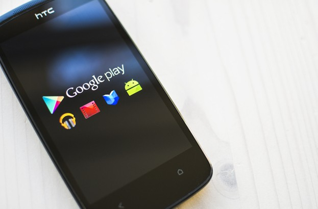 Apps de Google Play roban credenciales de Facebook