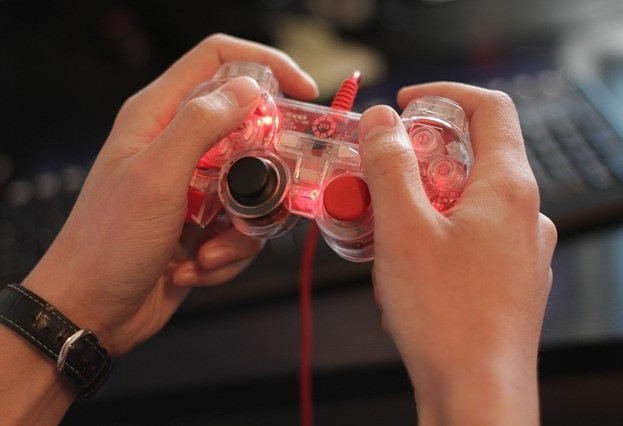 8 security tips for gamers: go play with no worries!