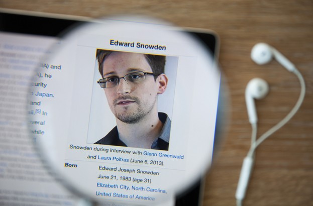 European Parliament offers support to Edward Snowden