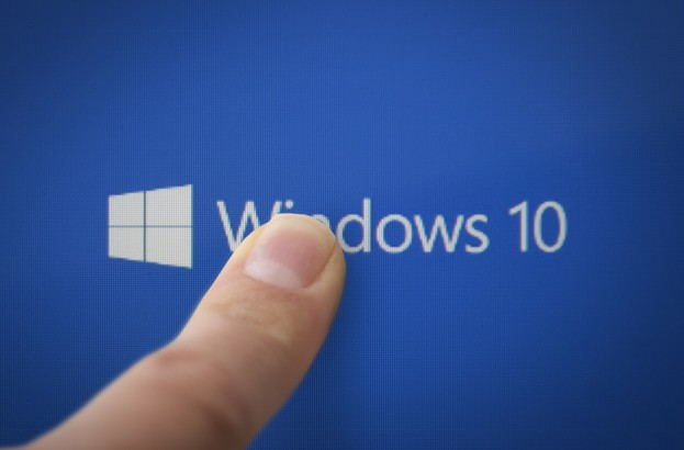 Windows 10 security and privacy: An in‑depth review and analysis