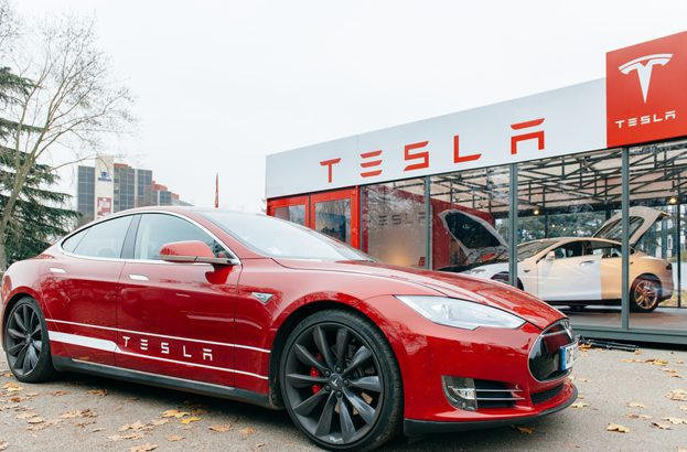 Tesla Model S hacked from 12 miles away