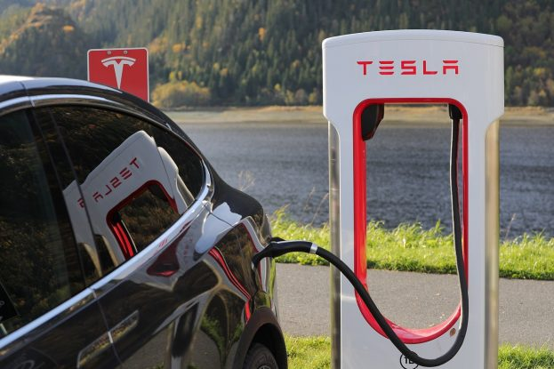Two white hats hack a Tesla, get to keep it