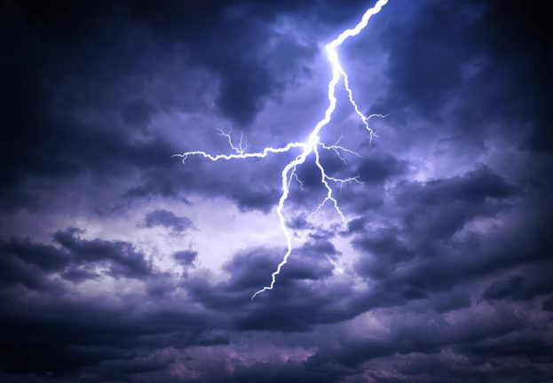 Thunderbolt flaws open millions of PCs to physical hacking